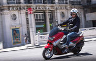 Yamaha NMAX: Hightech f�r Low-Budget