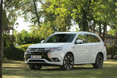 Mitsubishis Plug-in Outlander muss zum Software-Update